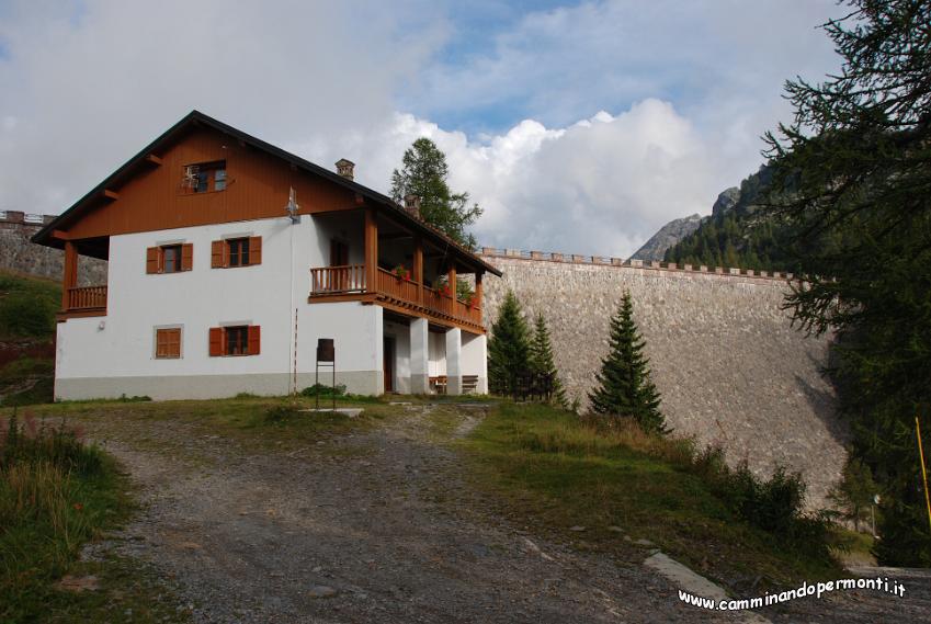 Carona giro dei laghi 150 la casa del guardiano della diga for 20 x 20 planimetrie della casa